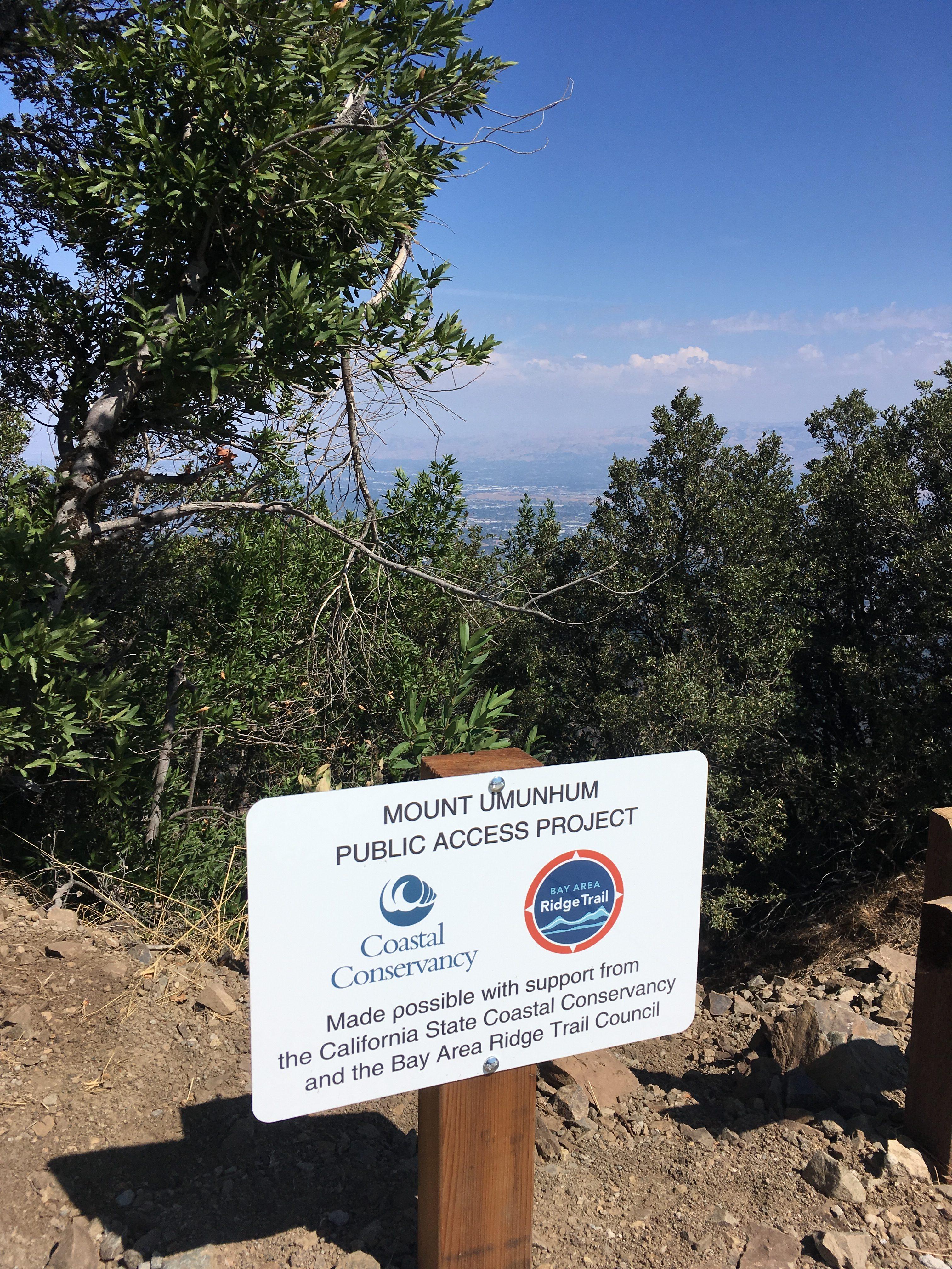 Mt Um Ridge trail SCC sign